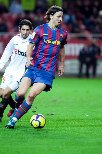 Ibrahimovic with the ball. Spanish Cup game between Sevilla FC and FC Barcelona, Ramon Sanchez Pizjuan stadium, Seville, Spain, 13 January 2010
