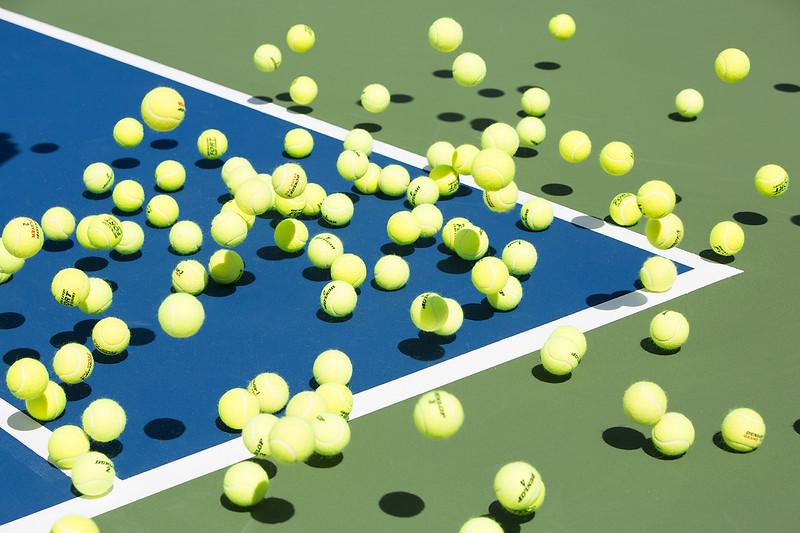 Photographer-Kiko-Ricote-Advertising-Conceptual- Creative-Space-Artists-Management-51-tennis-balls.jpg