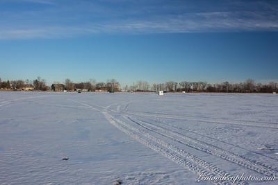 Ice Fishing (pêche sur lac gelé)