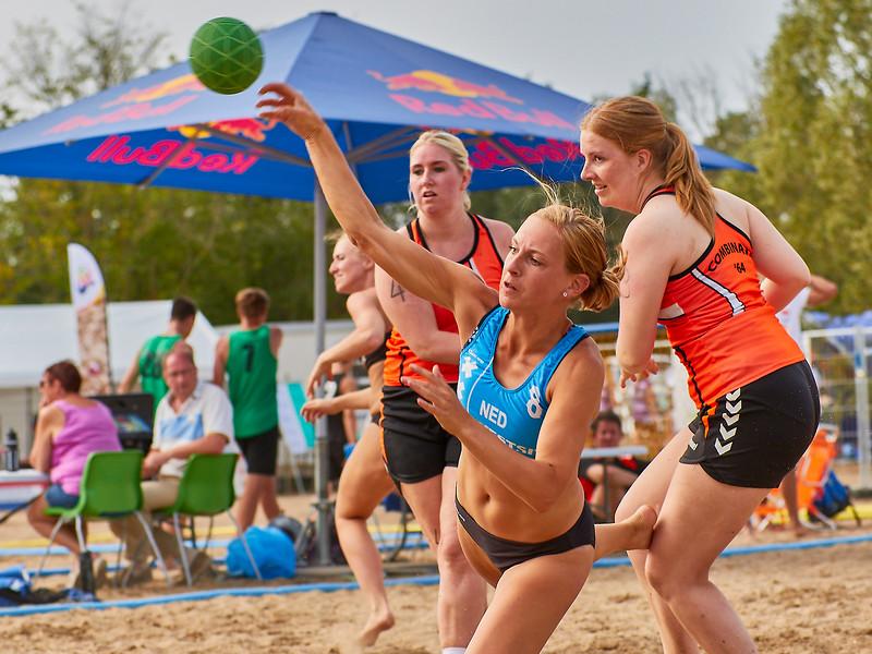 Molecaten NK Beach Handball 2017 dag 1 img 322.jpg