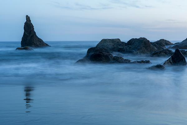 Night shot of the sea stacks.