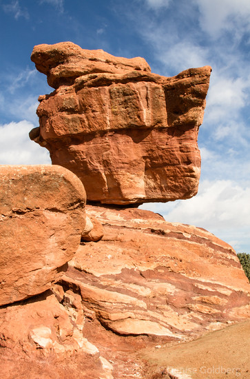 balanced rock, garden of the gods