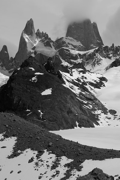 The ridge going to the base of Fitz Roy proper