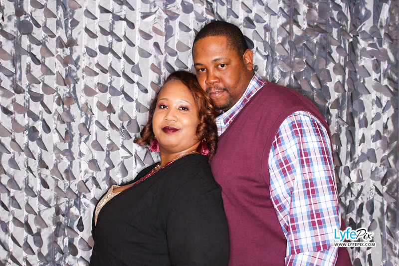 red-hawk-2017-holiday-party-beltsville-maryland-sheraton-photo-booth-0191.jpg