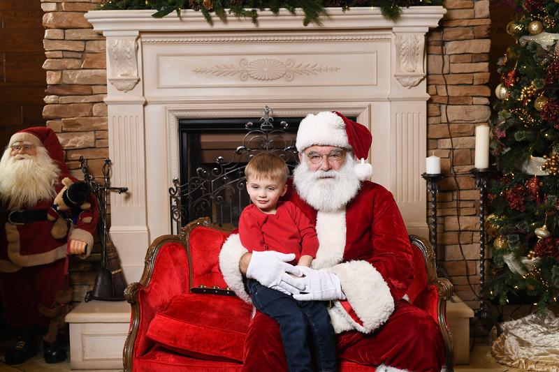 Santa2018.TylerBoye.-128.jpg