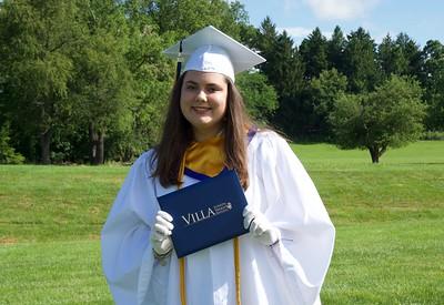 Graduation Outdoor Portrait 2020