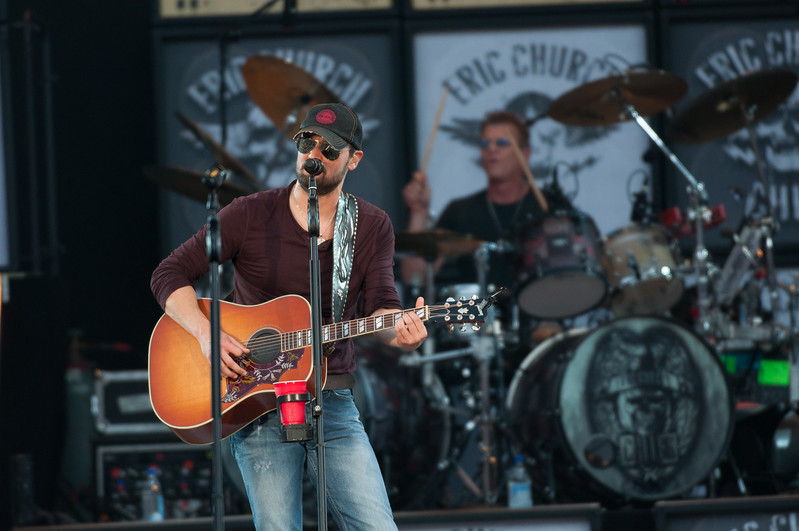 Eric Church No Shoes 13-152.jpg