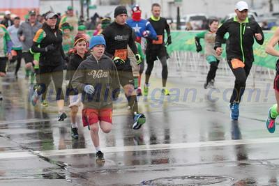 Mile Run Start Gallery 2 - 2016 Corktown