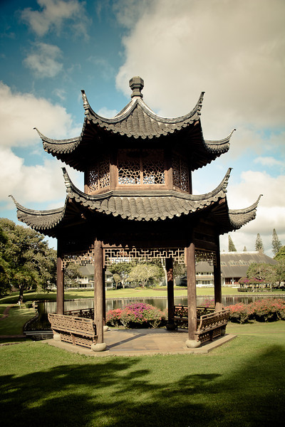 lanai four seasons pagoda 2.jpg
