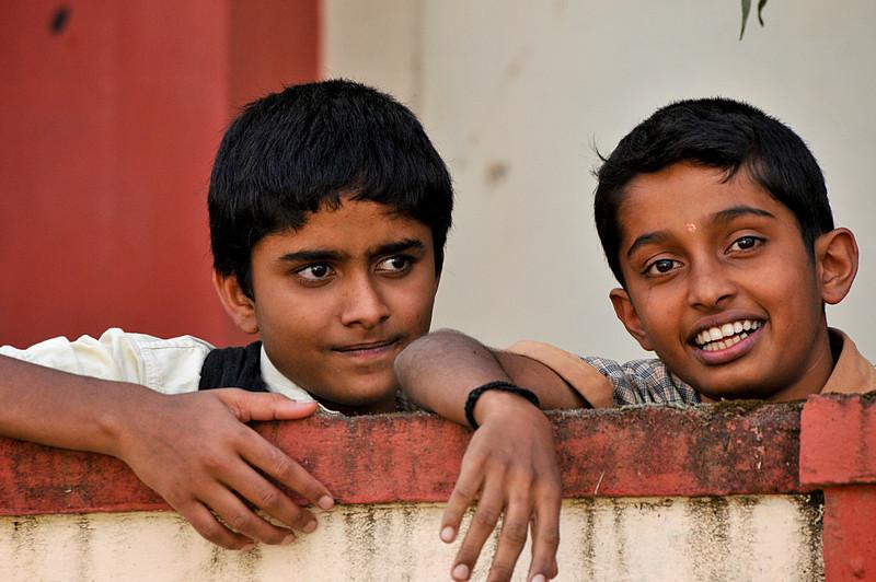 _DSC4765_two_boys.jpg