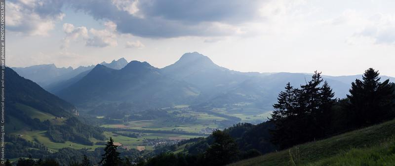 EM5_08355 Panorama.jpg