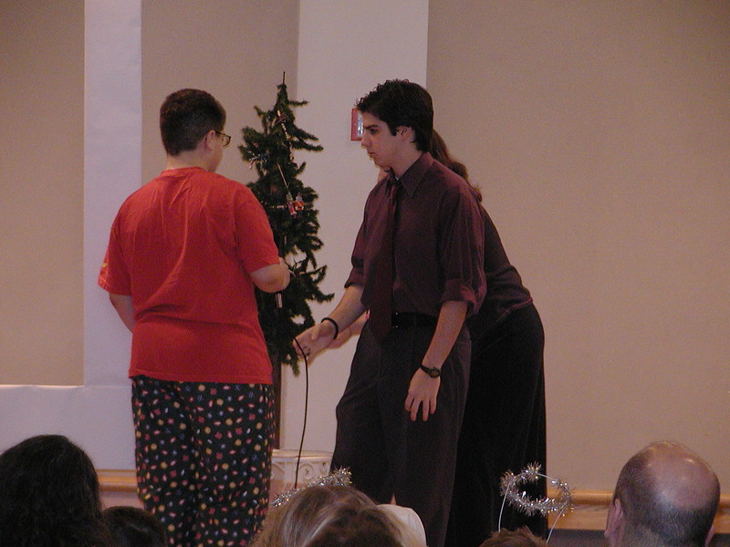 2002-12-21-HT-Christmas-Pageant_092.jpg