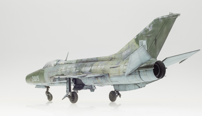 Trumpeter MiG-21F-13 FINAL 05-01-14-6.jpg