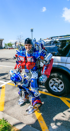Brooklyn Optimus Prime goes to Coney Island