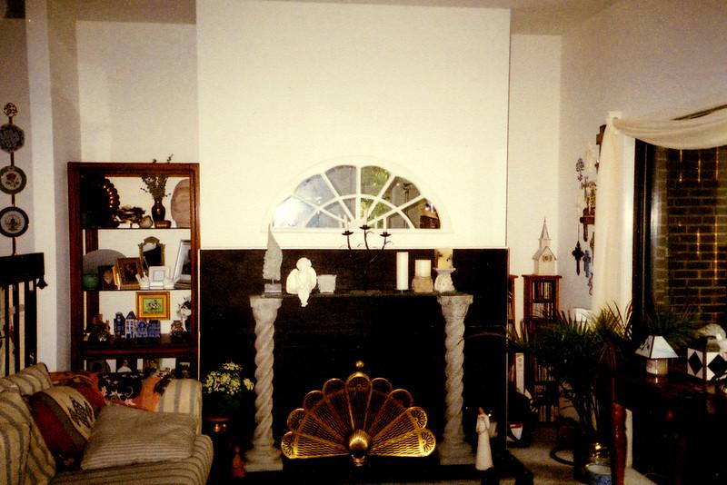 2004-042.jpg
