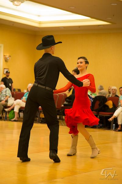 DanceMardiGras2015-0101.jpg
