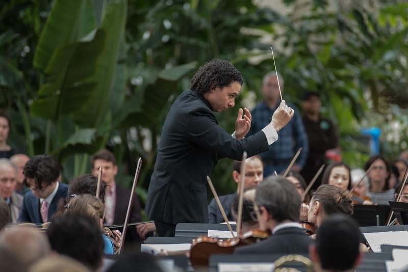 78_Oistrakh Symphony Thomas Nickell Music Under Glass 180414_(Photo by Johnny Nevin)_500.jpg