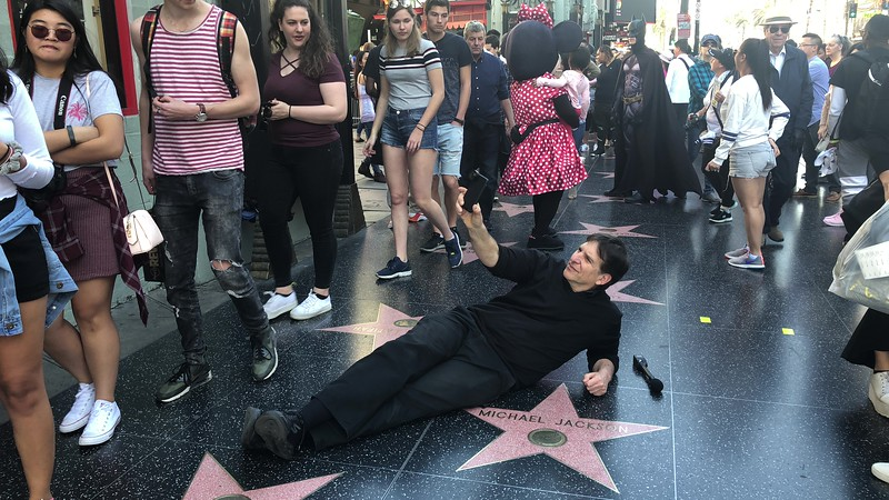 Jefferson Graham poses on Hollywood Blvd.