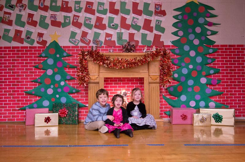 12.17.2014 - Riverview Co-Op Preschool Christmas Program - _CAI6117.jpg