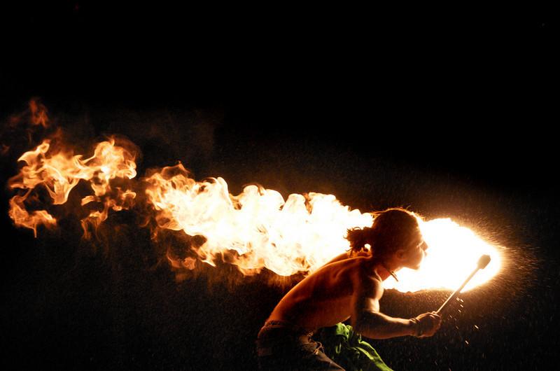 fire-fireblower-france6:08
