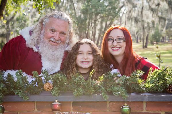 Santa Minis 2018: Amber, Lyra, and Raven!