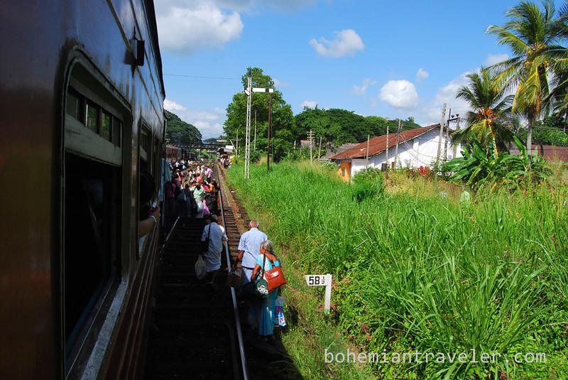 Sri Lanka broken down train (2).jpg