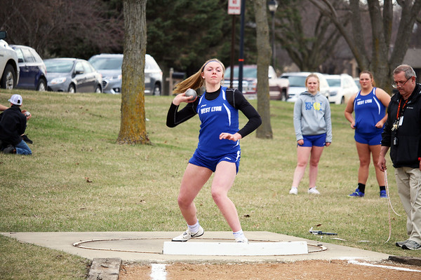 WL girls' track at Sheldon 4-15-19