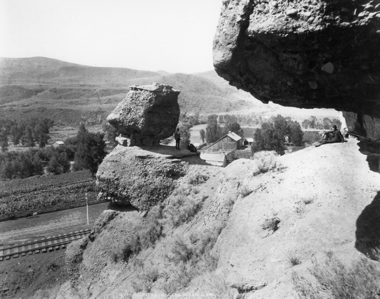 Pulpit Rock, Echo. <i>(Union Pacific Historical Collection)</i>