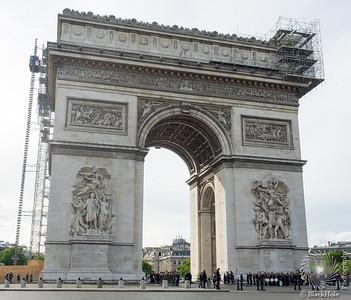 l'Arc de Triomphe et Le Statue de la Liberté du Pont de Grenelle