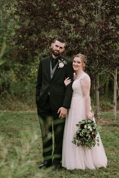 rustic_ohio__fall_barn_wedding-277.jpg