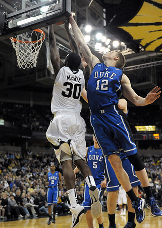 College basketball 2010-11