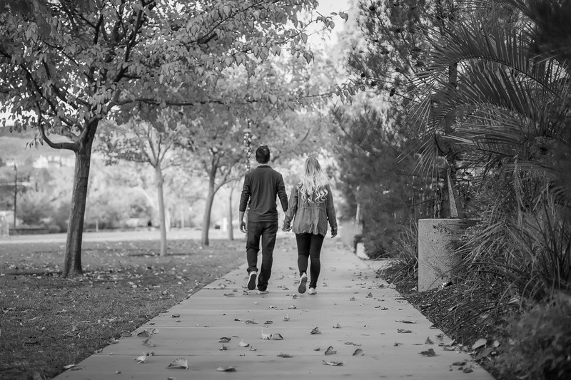 Sunday-Stills_Engagements-0068-Edit.jpg