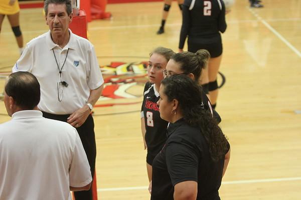 NE V Volleyball vs Bogie 9-26-17