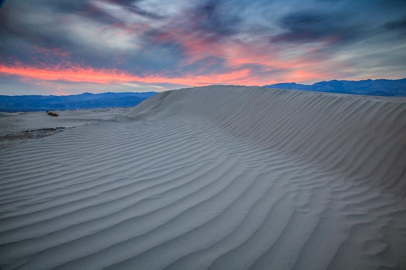 Mesquite Flats Sand Dunes at sunset