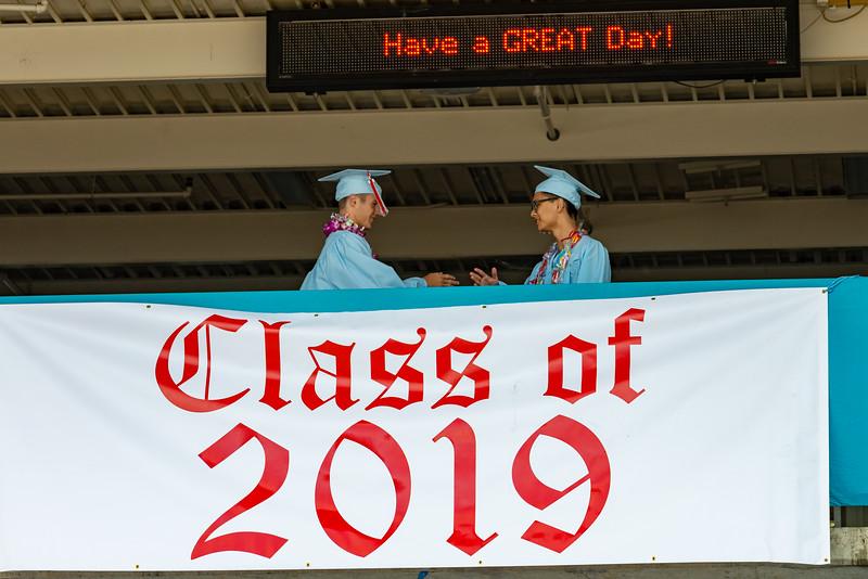 Hillsdale Graduation 2019-10045.jpg