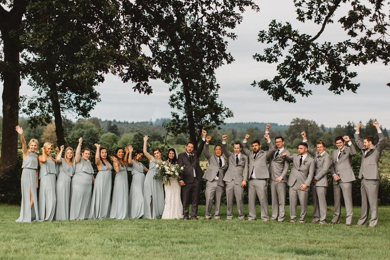 WeddingParty_219.jpg