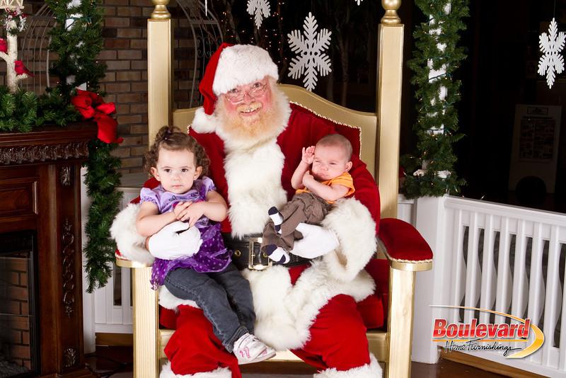 Santa Dec 8-253.jpg