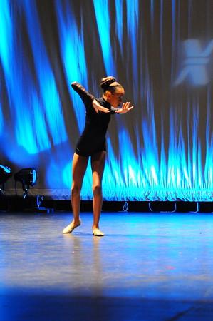 Dance 82 - Rule The World