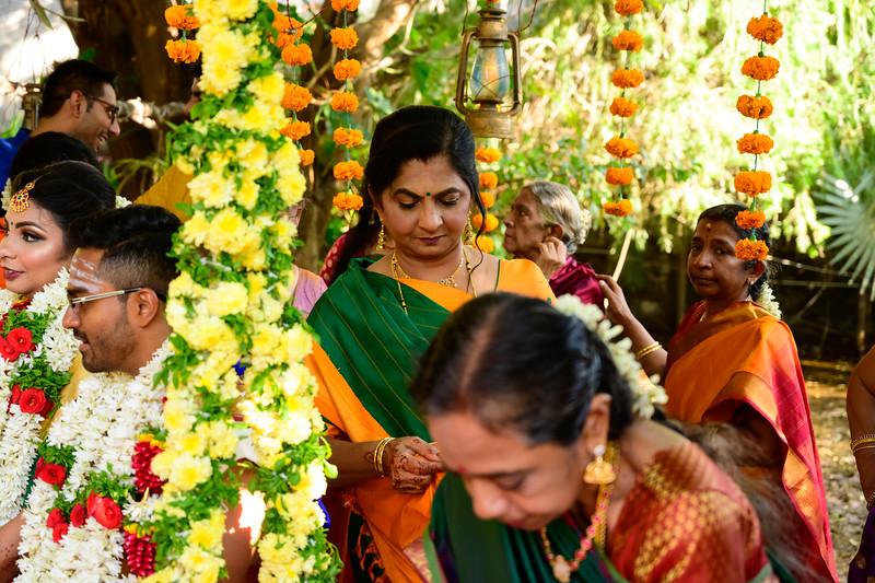 2019-12-Ganesh+Supriya-5542.jpg