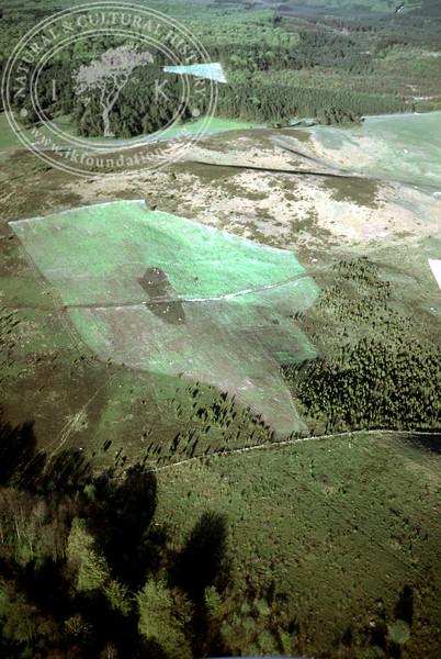 Maglehems ora [Ohra] - with plantations, buildings and prehistoric remains (4 May, 1989). | LH.0677