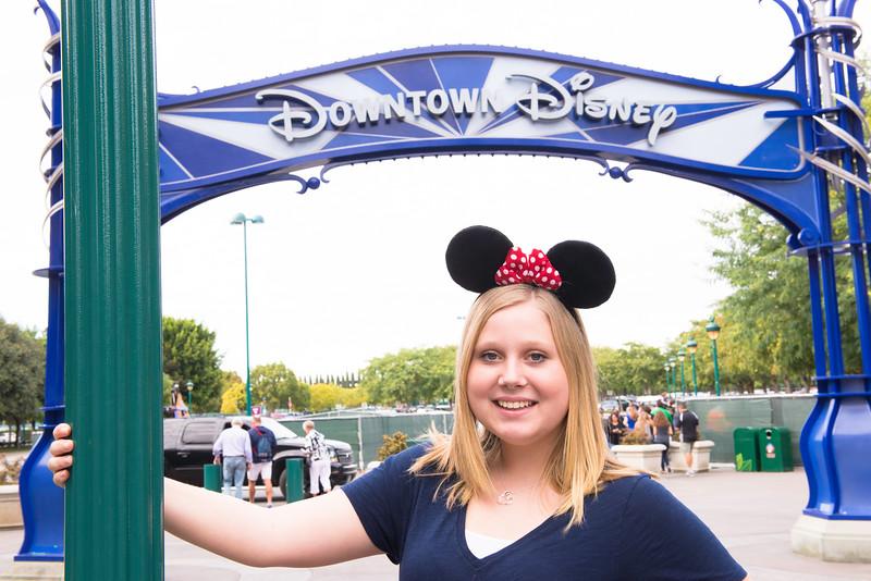 2016-11-19 Downtown Disney 009.jpg