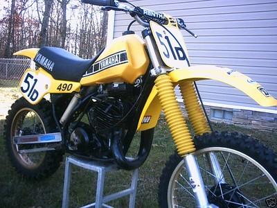 1983 YZ 490