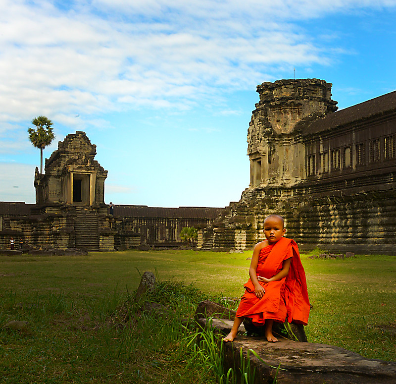Siem Reap Novice Monk.jpg