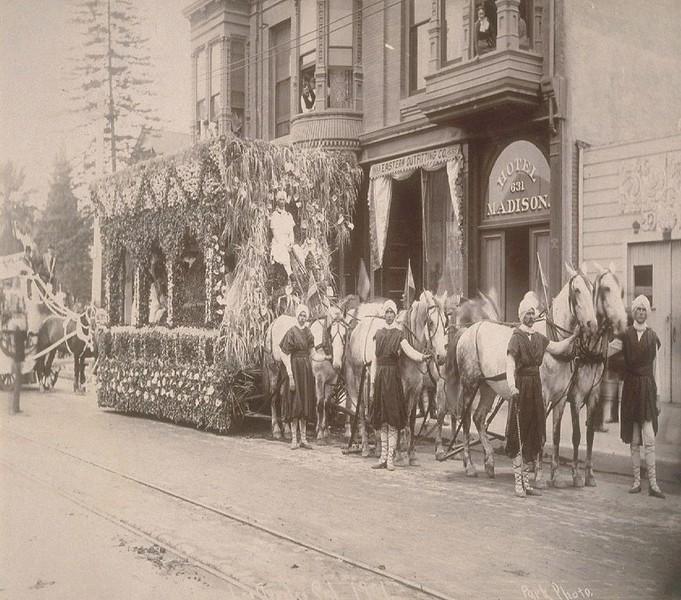 1901-PasadenaTournamentOfRoses.jpg