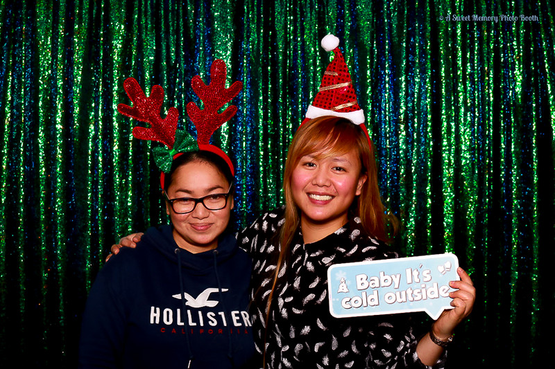 Medtronic Holiday Party -423.jpg