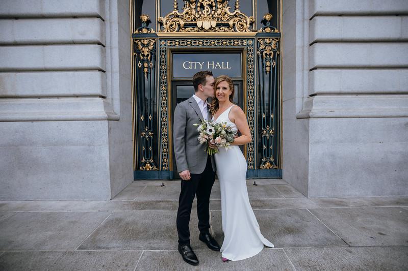 2018-10-04_ROEDER_EdMeredith_SFcityhall_Wedding_CARD2_0010.jpg