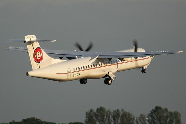 OY-CIW - ATR 72-212