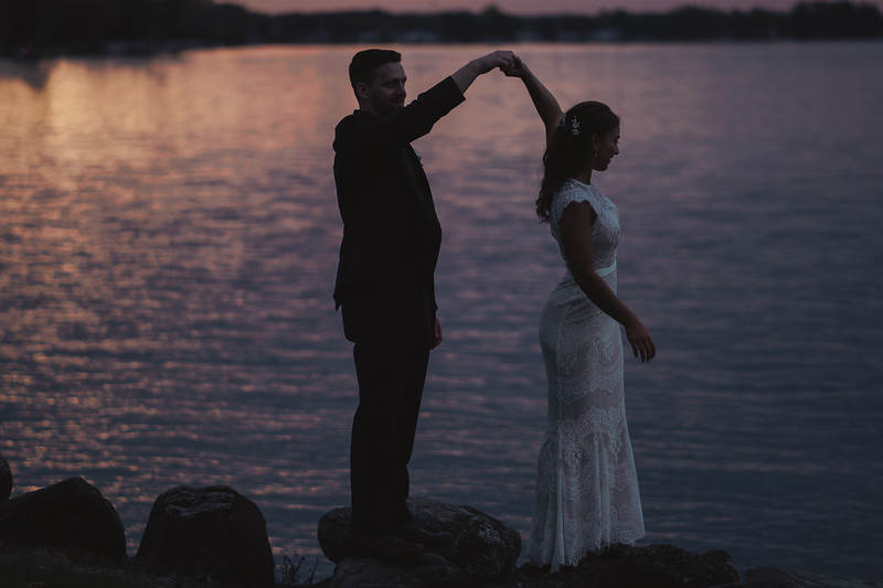 Sunset Wedding Lake Shore Yacht and Country Club Cicero New York 054.jpg