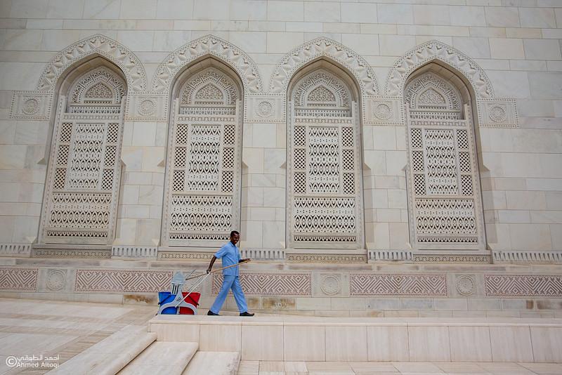 Sultan Qaboos Grand Mosque (12).jpg