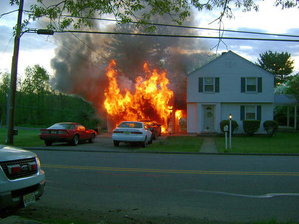 RANDOLPH, NJ HOUSE FIRE on QUAKER AVE MAY 7, 2009